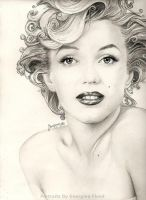 Marilyn Monroe by georginaflood