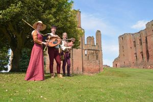 Blast From The Past at Kenilworth Castle (6) by masimage
