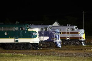 Streamliners at night by 3window34