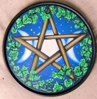 Triple moon pentacle by oshuna