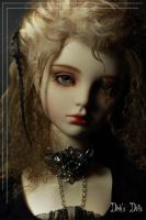 Alice in Labyrinth Alice Head by SDink