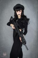 Guns N' Fashion - Gothic Fashion x G36K by faramon