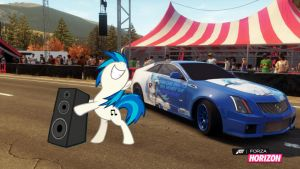 Vinyl Scratch rocks Horizon 2012 by EquestianRacer