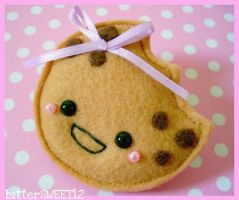 Chocolate-Chip Cookie Brooch by bitterSWEETones