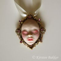The Sleeping Princess - necklace by kirstenbakker