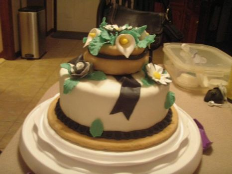 Gum Paste and Fondant Cake! by Blightfang