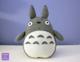 Totoro Plush with Tutorial by yumcha