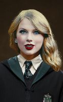 Taylor Swift in Slytherin. by PhoenixFate