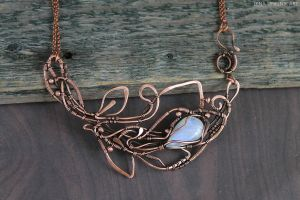Moonstone necklace by Schepotkina