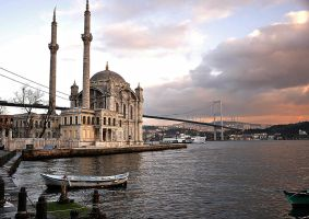Ortakoy Mosque by BusrAvclr
