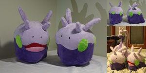 Goomy Plushies - With Pattern! by Diffeomorphism