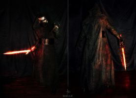 Kylo Ren Cosplay by kovah