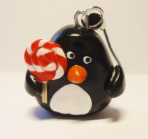 Penguin by FrozenNote