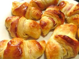 Homemade Mini Croissants by thaonguyenp27