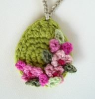Crochet Green Necklace by meekssandygirl