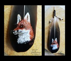 Red fox on feather by Woodswallow