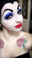 Snow White- EVIL QUEEN (2/2) by KRSkreations