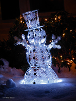 Snowman alight by Mogrianne