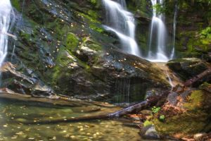 upper Snow Creek Falls by spinstarxxx