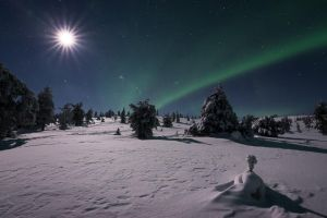 Auroras and the Moon II by Laazeri