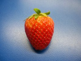 Simple Strawberry by Lewaluvr997