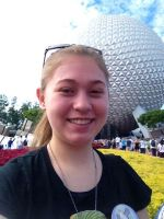 Mun is spending Munday in Epcot by coeur-froid