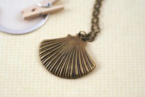 Seashell Necklace by MonsterBrandCrafts