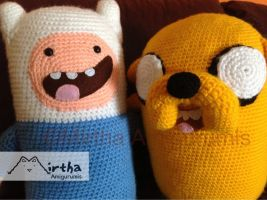 Finn and Jake amigurumis by MirthaAmigurumis