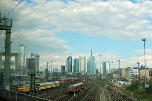 14-04 Frankfurt am Main - Main Station by evionn