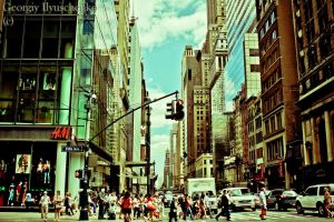 In the Rhythm of Fifth Avenue by ilyuschenkogeorgiy