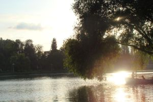 Lake_filled-light by Doix