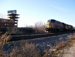 CSX 5488 At Gateway by LDLAWRENCE
