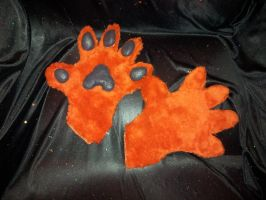 Hand paws commission part by xxxkakashilovexxx