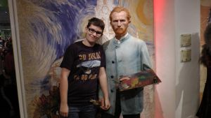 Paint me the colors of the wind! (madame tussauds) by Albme94