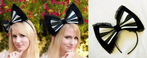Black and White Stripes Bow by nihilistique