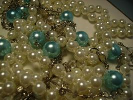 pearls03.stock by wet-ground-stock
