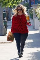 Kaley Cuoco fattening up by cahabent