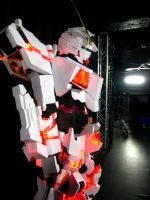 Gundam Unicorn Cosplay by Clivelee