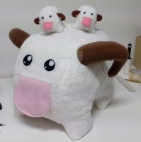 Giant Poro! by ChoCoBa