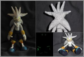 Silver the Hedgehog Plushie by Zero20-2
