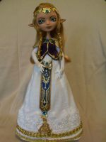 Princess Zelda (OOAK EAH Ashlynn Ella doll) by mourningwake-press