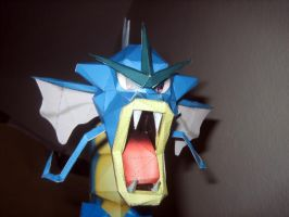 Gyrados_ face papercraft by safaksimsek