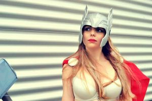 Lady Thor Cosplay by GlowingSnow