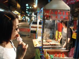 Taiwanese Sausage Consumer by bQw