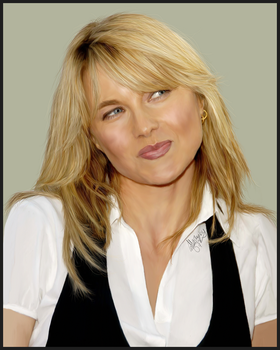 Lucy Lawless - Playful by emsen