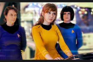 Star Trek by Luthien-Undomiel