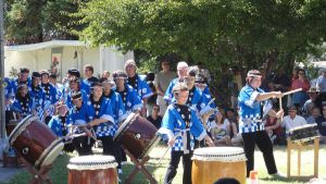 Parade of Taiko Drummers by narutokunobessed