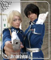 My right-hand man - Roy + Riza Cosplay by Artemisia-Amore