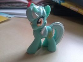 Lyra by Essely