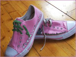 Totoro shoes 1 by morningpeasant